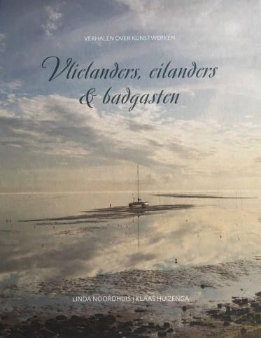 Omslag boek 'Vlielanders, eilanders en badgasten' van Linda Noordhuismet foto van een zeilboot op drooggevallen wad